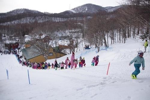 りす スキー大会 登り.jpg
