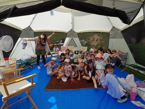 テントの中.jpg